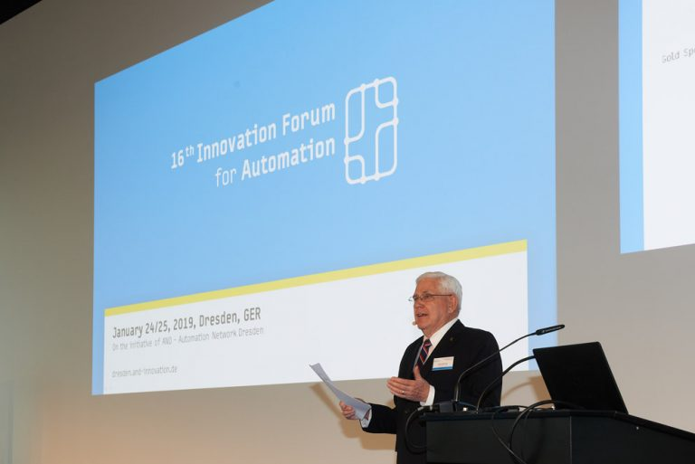 Steve Barlow als Host des 16th Innovation Forum for Automation Dresden