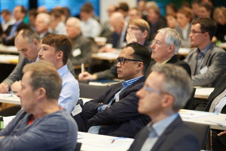 Internationales Publikum des 16th Innovation Forum for Automation