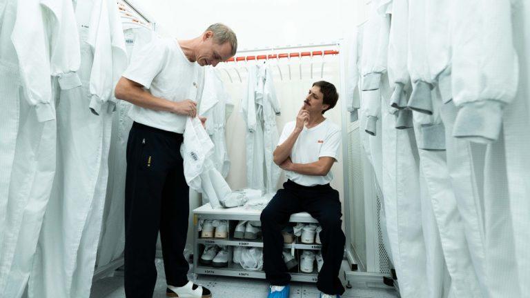 #LikeABosch Shawn in the locker room at Bosch