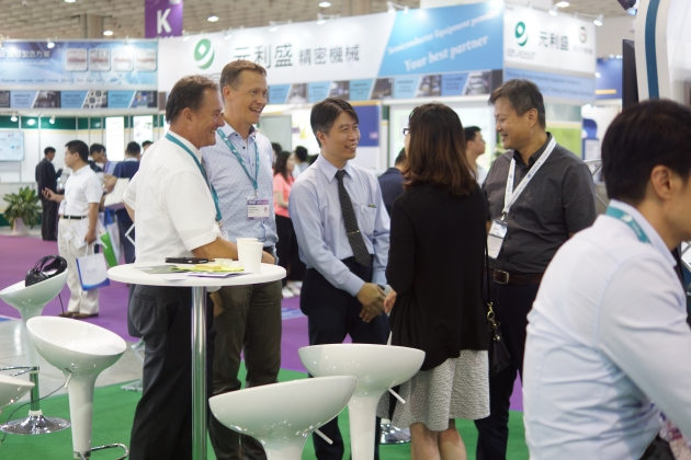 Exhibition hall at Semincon Taiwan with visitors at Fabmatics trade fair stand in 2018
